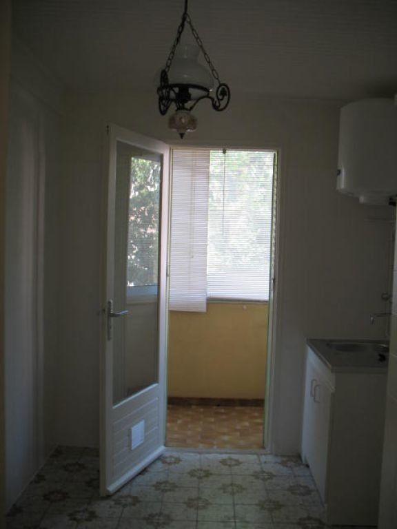 Appartement à louer 3 55m2 à Toulon vignette-5