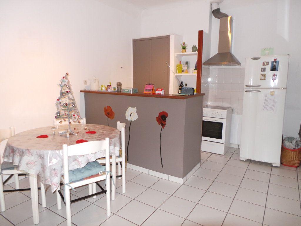 Appartement à louer 2 54.43m2 à Toulon vignette-2
