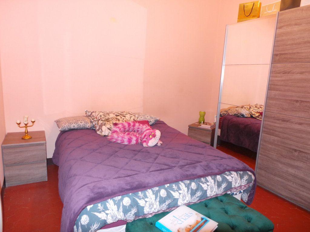 Appartement à louer 2 54.43m2 à Toulon vignette-3