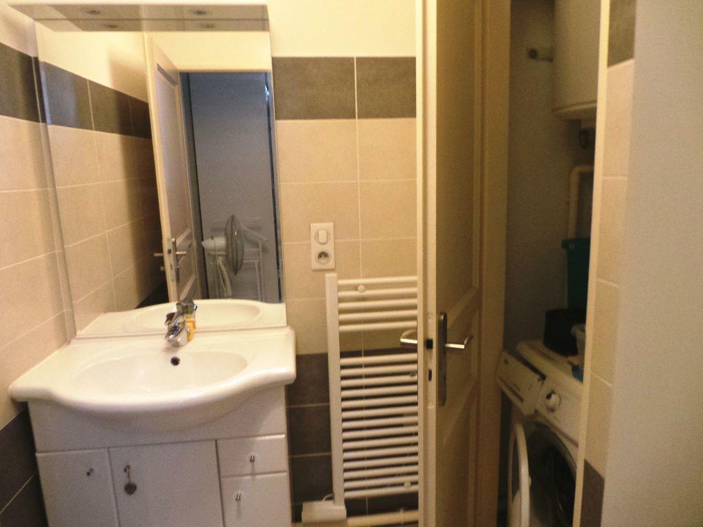 Appartement à louer 2 37.89m2 à Toulon vignette-5