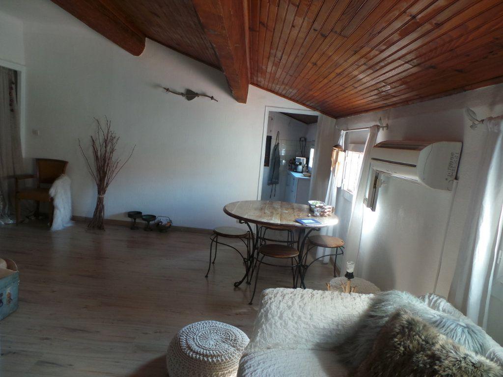 Appartement à louer 3 50.61m2 à Toulon vignette-2