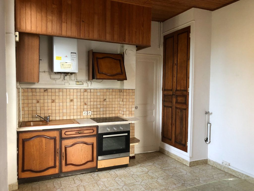 Appartement à louer 4 69.75m2 à Toulon vignette-8