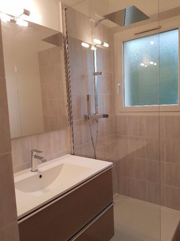 Appartement à louer 3 53.88m2 à Toulon vignette-4