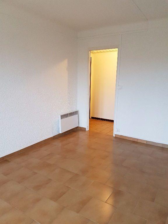 Appartement à louer 3 53.88m2 à Toulon vignette-5