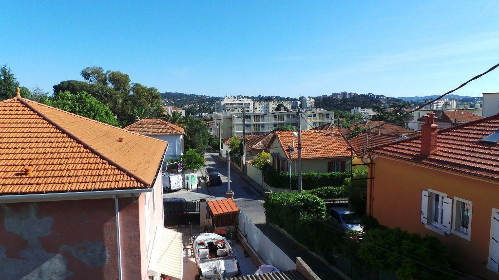 Appartement à louer 2 38.76m2 à Toulon vignette-5