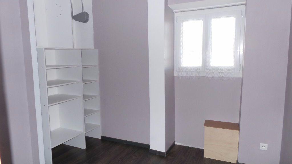 Appartement à louer 2 38.76m2 à Toulon vignette-6