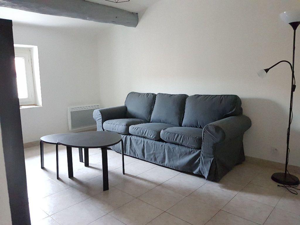 Appartement à louer 2 36.05m2 à Le Revest-les-Eaux vignette-4