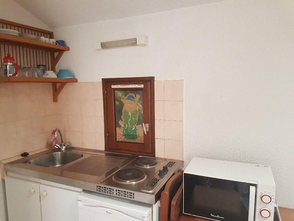 Appartement à louer 1 14.87m2 à Toulon vignette-3