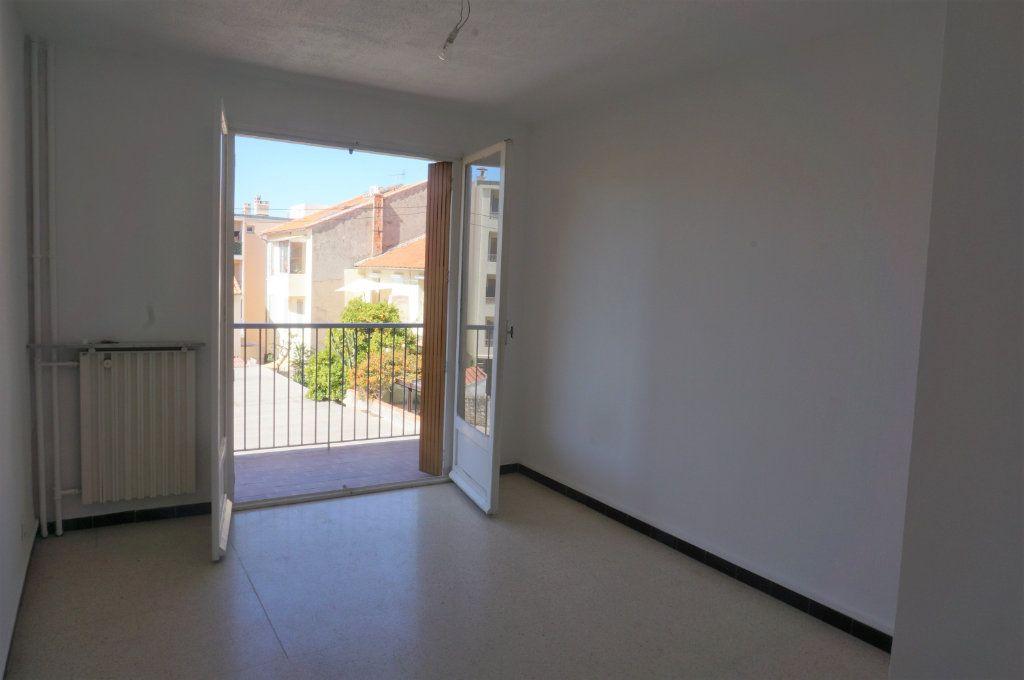 Appartement à vendre 3 66.5m2 à Toulon vignette-5