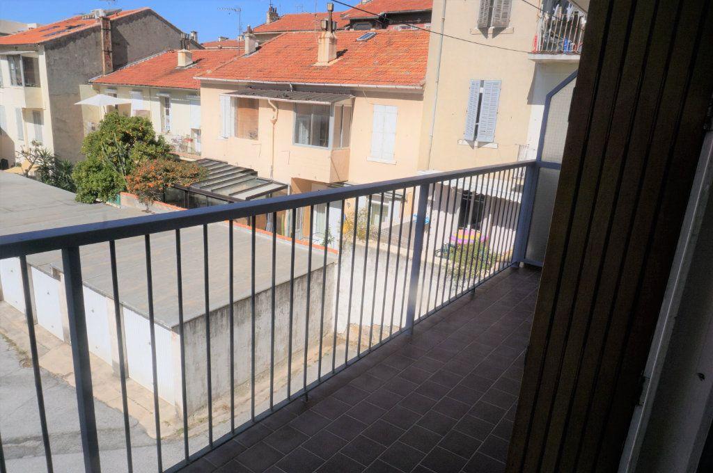 Appartement à vendre 3 66.5m2 à Toulon vignette-7