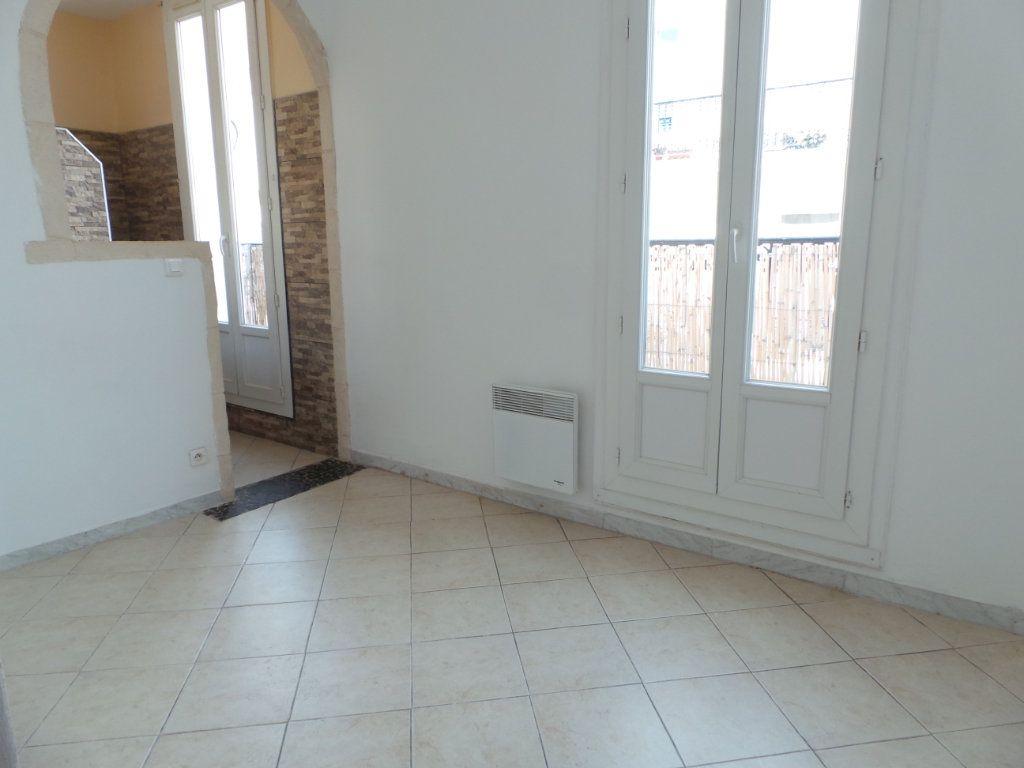 Appartement à louer 2 36.6m2 à Toulon vignette-5