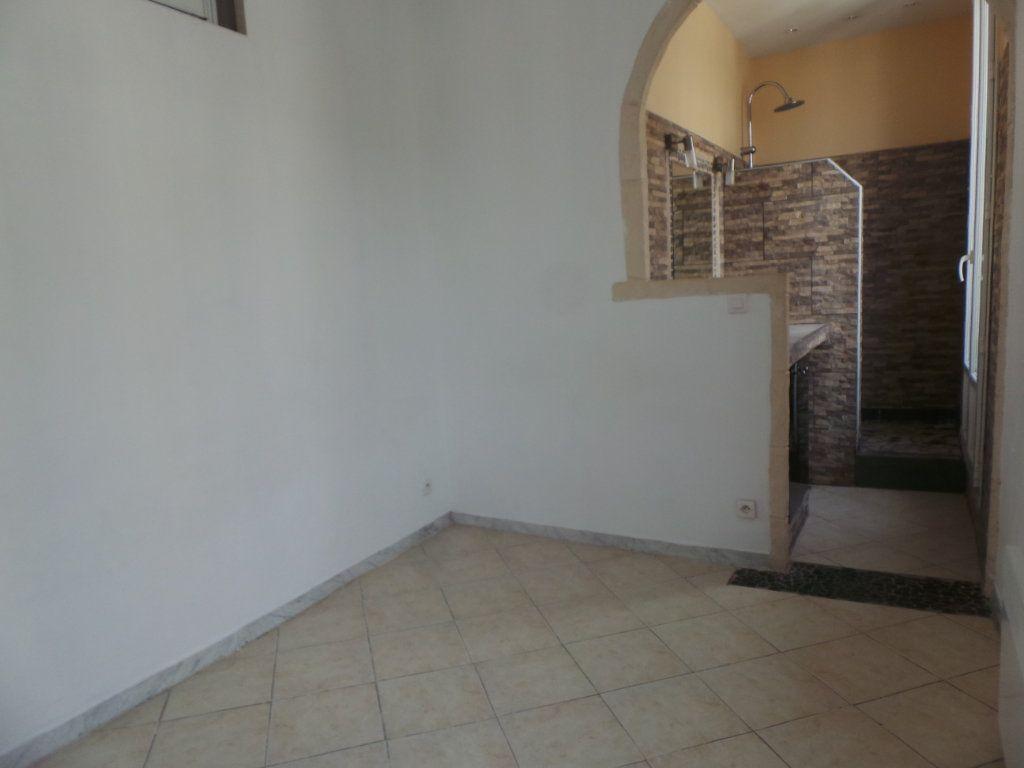 Appartement à louer 2 36.6m2 à Toulon vignette-6