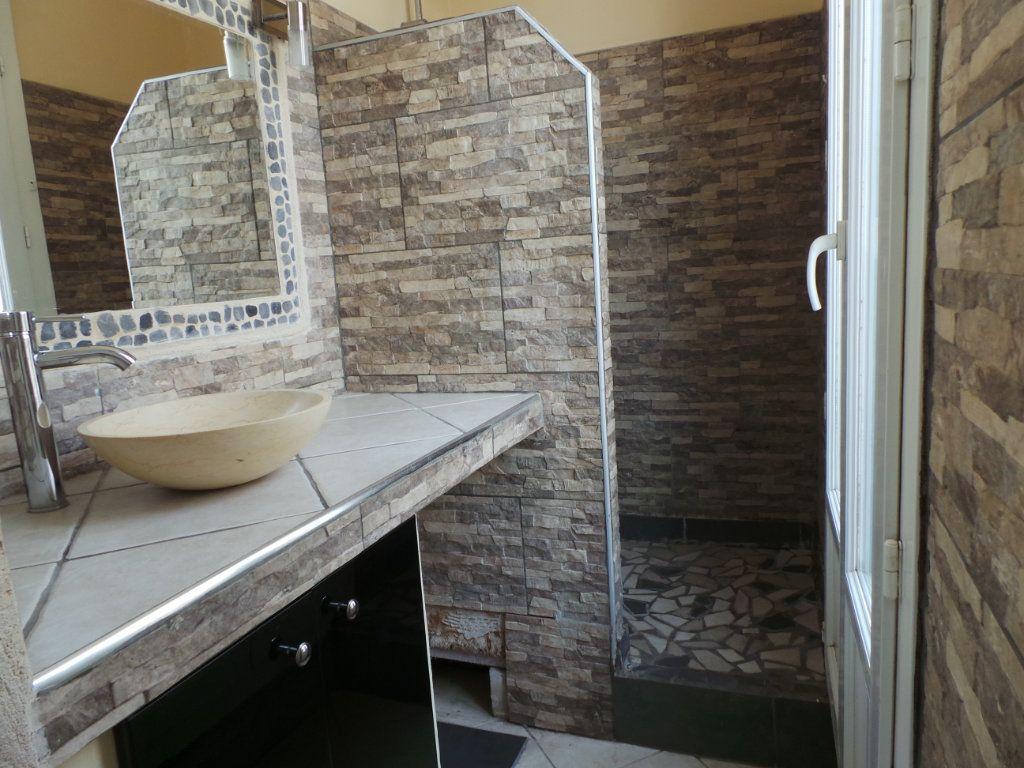 Appartement à louer 2 36.6m2 à Toulon vignette-7