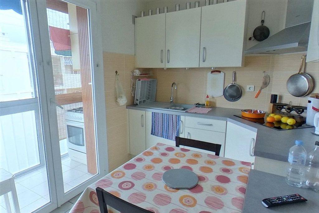 Appartement à vendre 3 57.7m2 à Toulon vignette-3