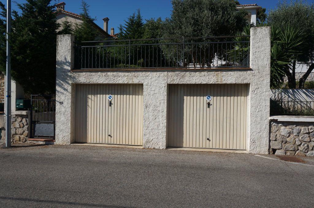Maison à vendre 6 195m2 à Toulon vignette-2