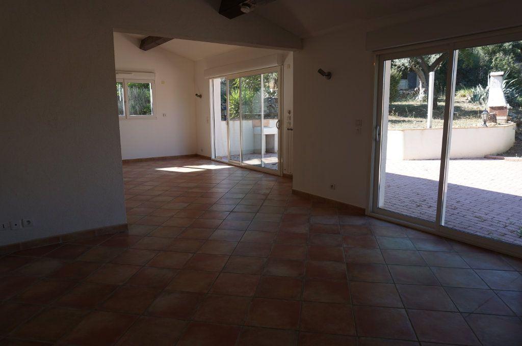 Maison à vendre 6 195m2 à Toulon vignette-4