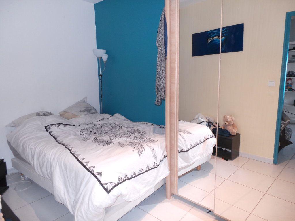 Appartement à louer 2 40.9m2 à Toulon vignette-4