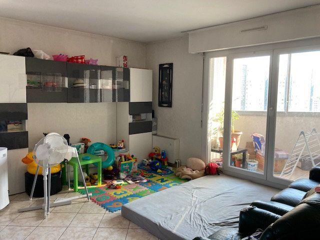 Appartement à vendre 3 68m2 à Toulon vignette-2
