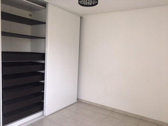 Appartement à vendre 3 65m2 à Toulon vignette-3