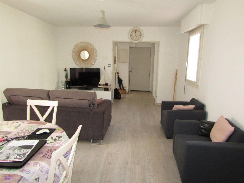 Appartement à vendre 3 68.29m2 à Toulon vignette-3