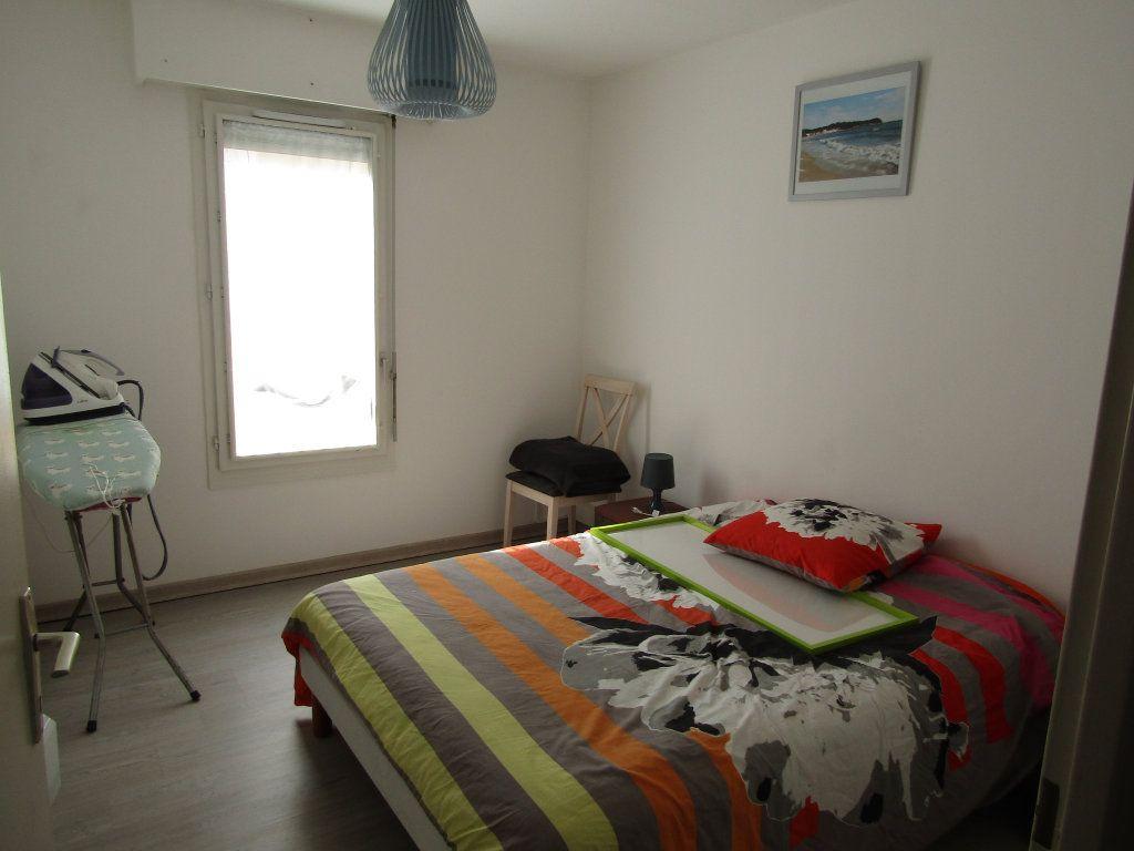 Appartement à vendre 3 68.29m2 à Toulon vignette-5