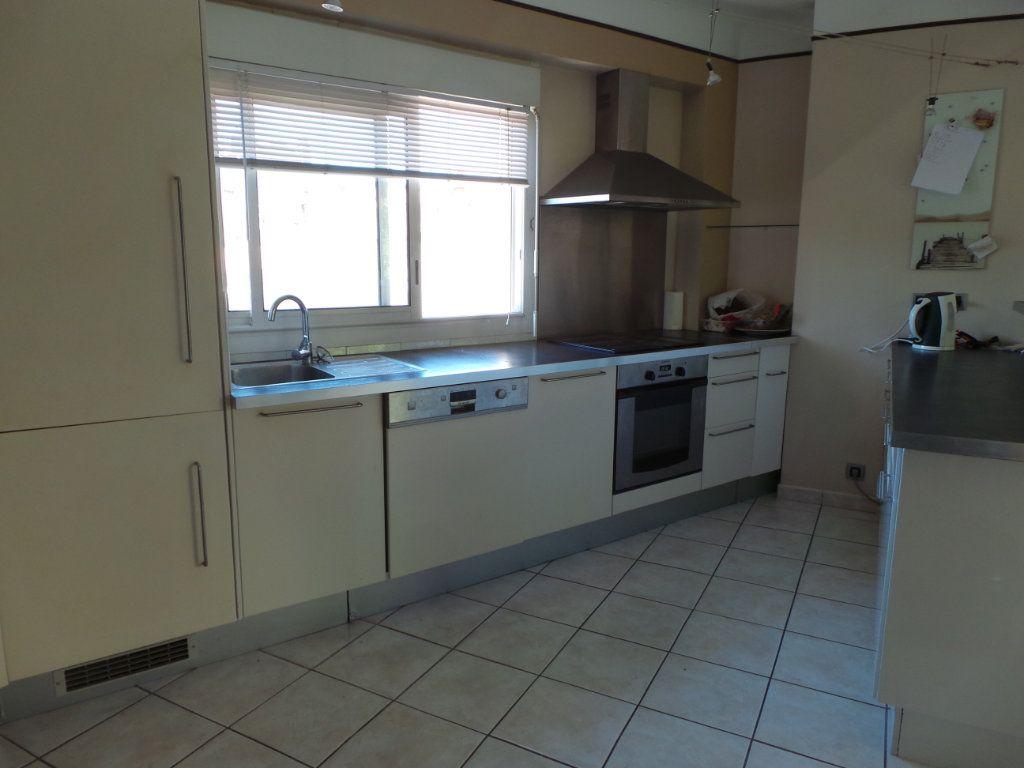 Appartement à louer 4 77.18m2 à Toulon vignette-1