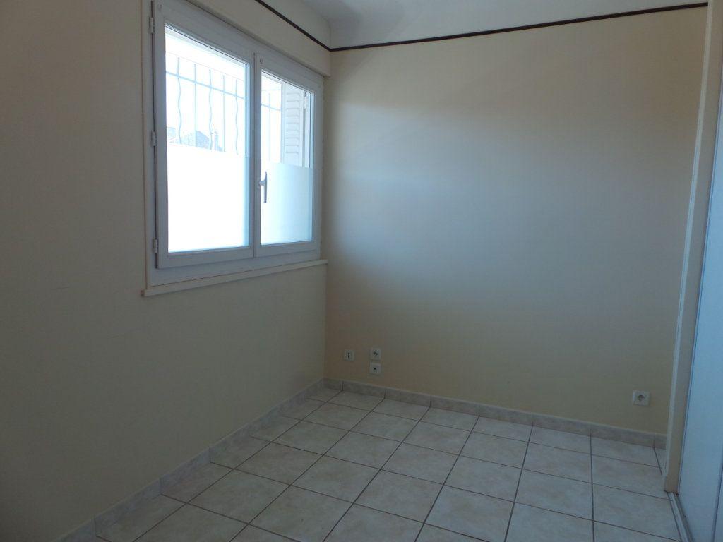 Appartement à louer 4 77.18m2 à Toulon vignette-5