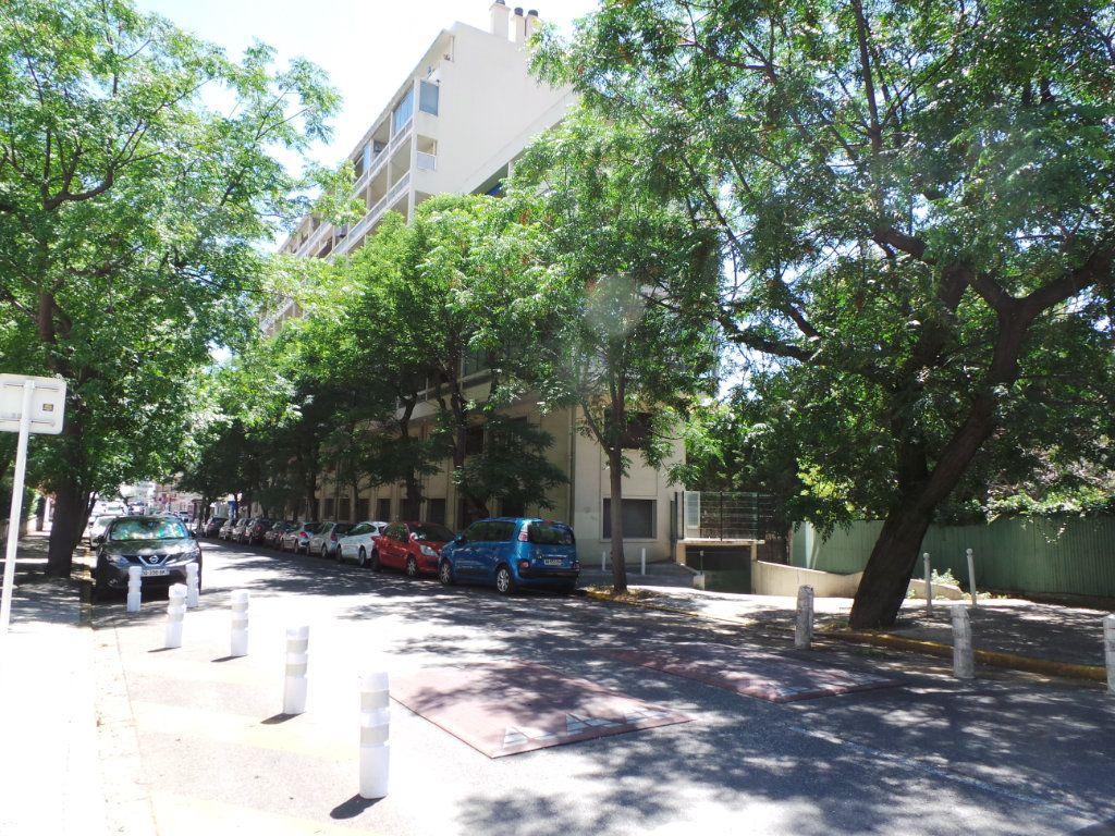 Appartement à louer 4 77.18m2 à Toulon vignette-11
