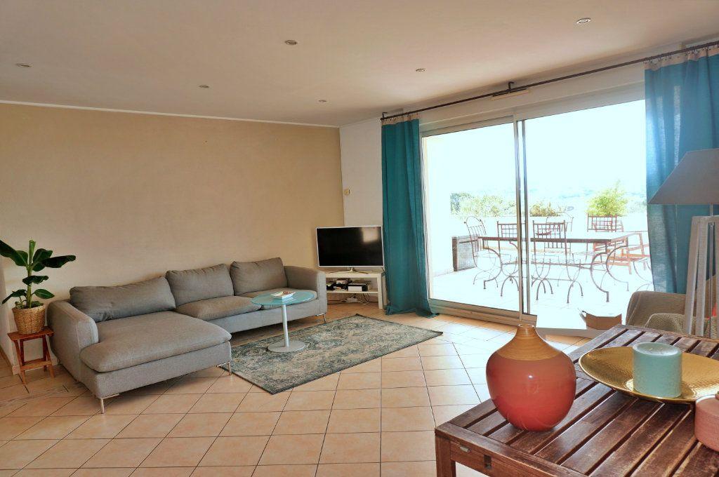 Appartement à vendre 3 74.27m2 à Toulon vignette-3