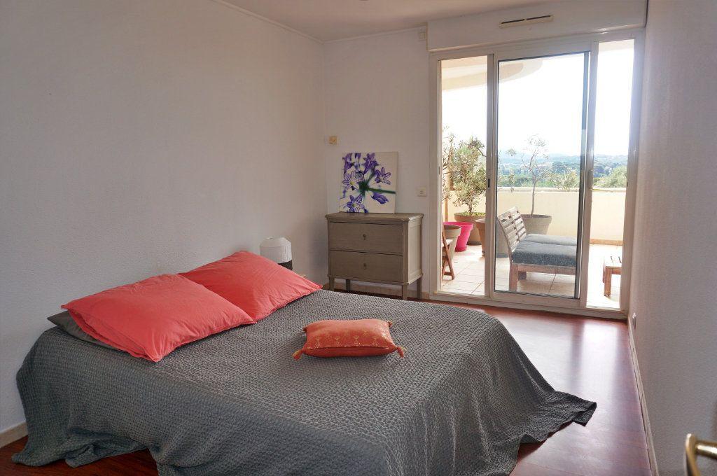 Appartement à vendre 3 74.27m2 à Toulon vignette-4