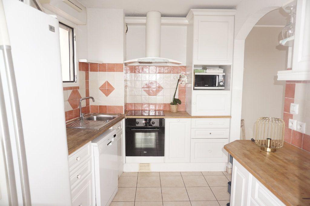 Appartement à vendre 3 74.27m2 à Toulon vignette-6