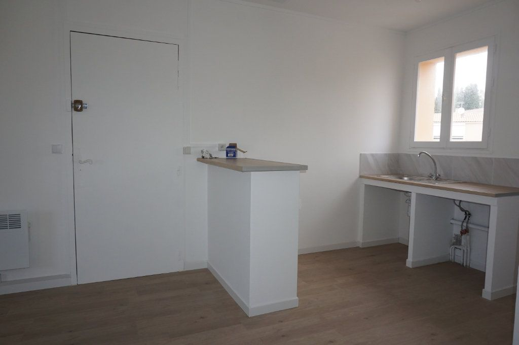 Appartement à vendre 3 59.75m2 à Sanary-sur-Mer vignette-5