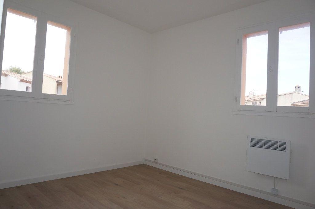 Appartement à vendre 3 59.75m2 à Sanary-sur-Mer vignette-7