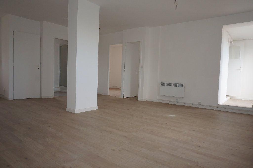 Appartement à vendre 3 59.75m2 à Sanary-sur-Mer vignette-9
