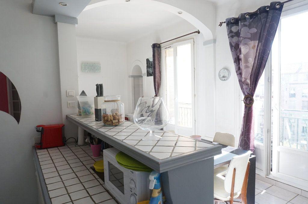 Appartement à vendre 3 72m2 à Toulon vignette-2