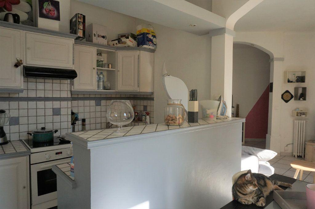 Appartement à vendre 3 72m2 à Toulon vignette-3