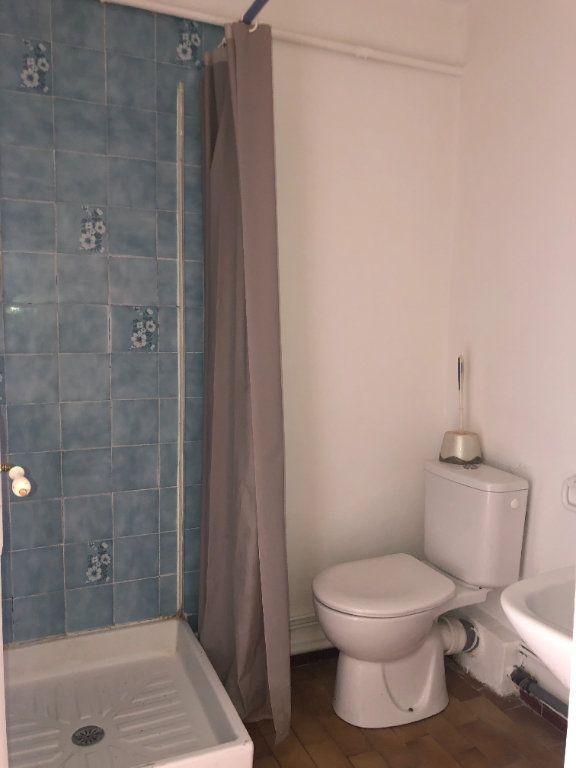 Appartement à louer 2 38.5m2 à Toulon vignette-7