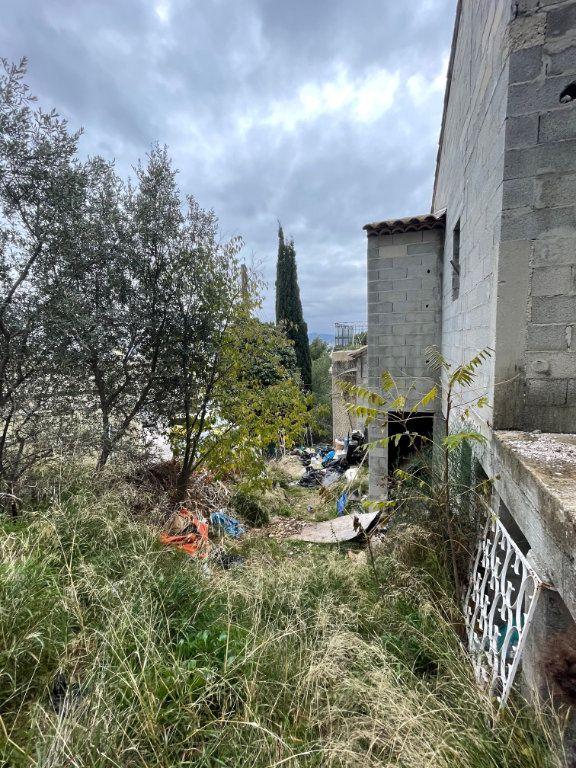 Maison à vendre 7 180m2 à Toulon vignette-3