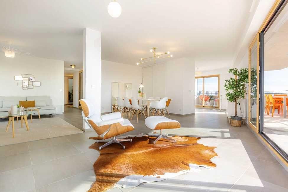 Appartement à vendre 5 161m2 à Toulon vignette-3