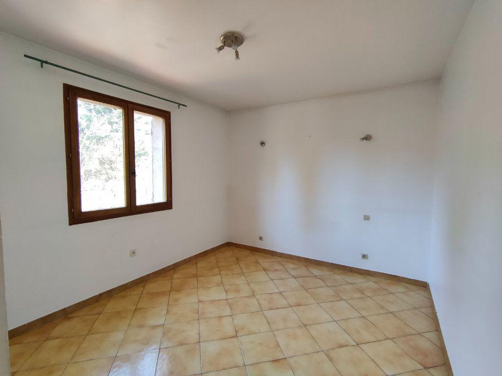 Maison à vendre 6 150m2 à Ollioules vignette-7