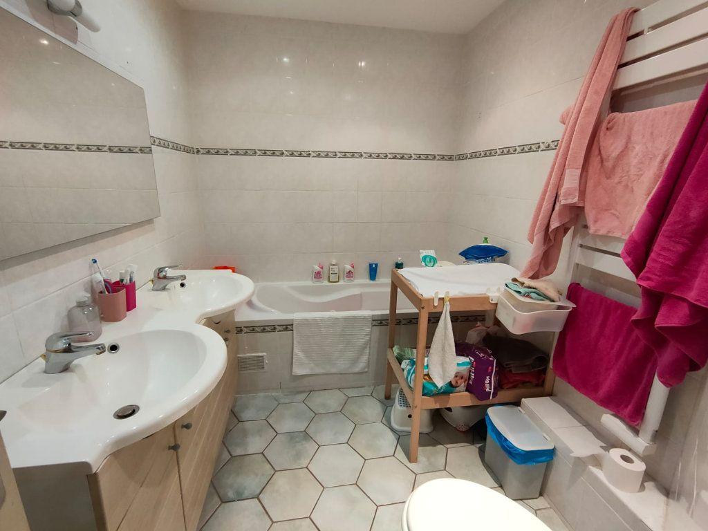 Appartement à vendre 5 128.43m2 à Toulon vignette-4