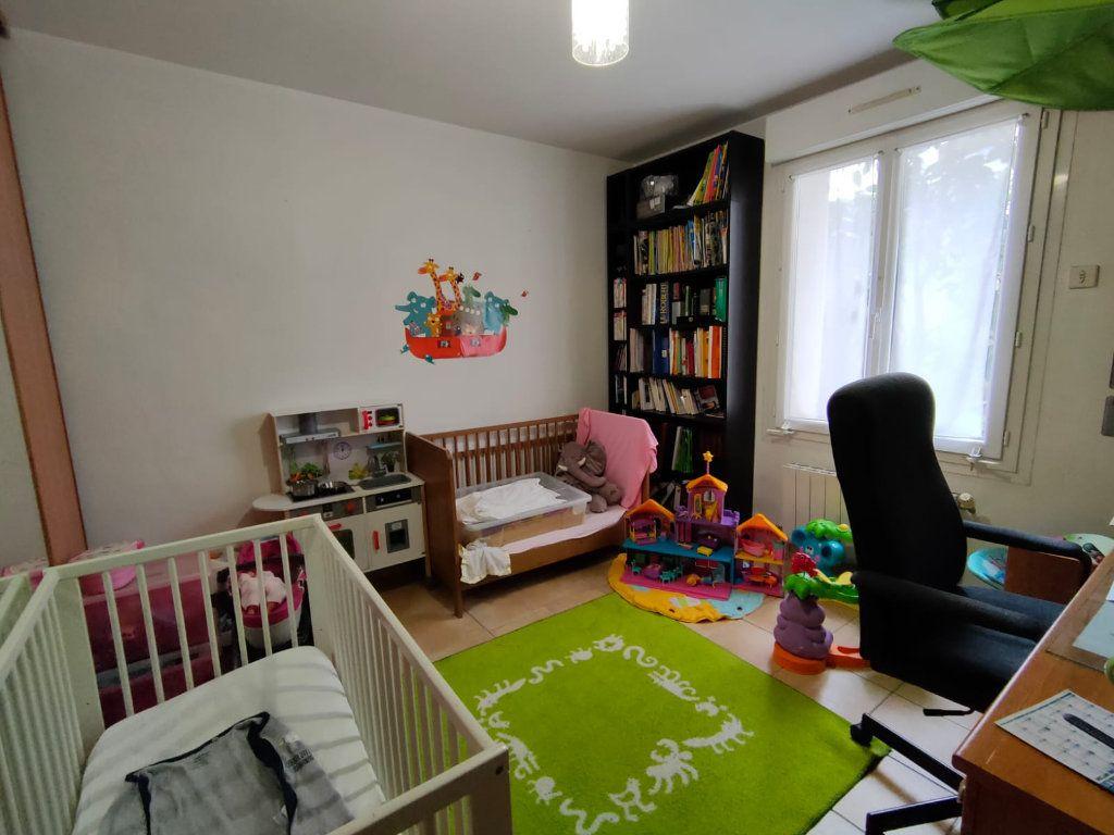 Appartement à vendre 5 128.43m2 à Toulon vignette-6