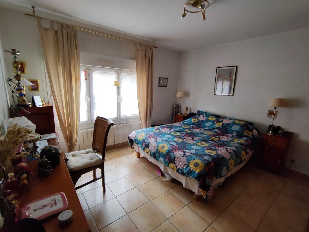 Appartement à vendre 5 128.43m2 à Toulon vignette-7