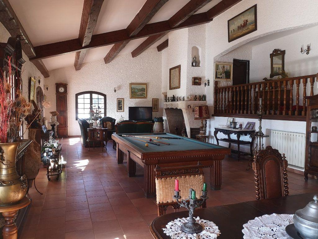 Maison à vendre 6 240m2 à Solliès-Pont vignette-4