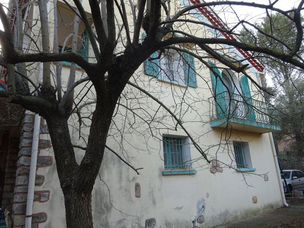 Maison à vendre 7 140m2 à Toulon vignette-6