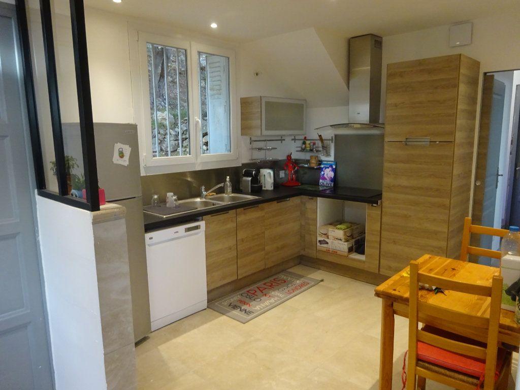 Maison à vendre 6 135m2 à Toulon vignette-3