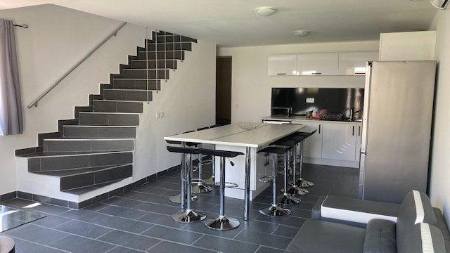 Maison à vendre 6 119m2 à Toulon vignette-2