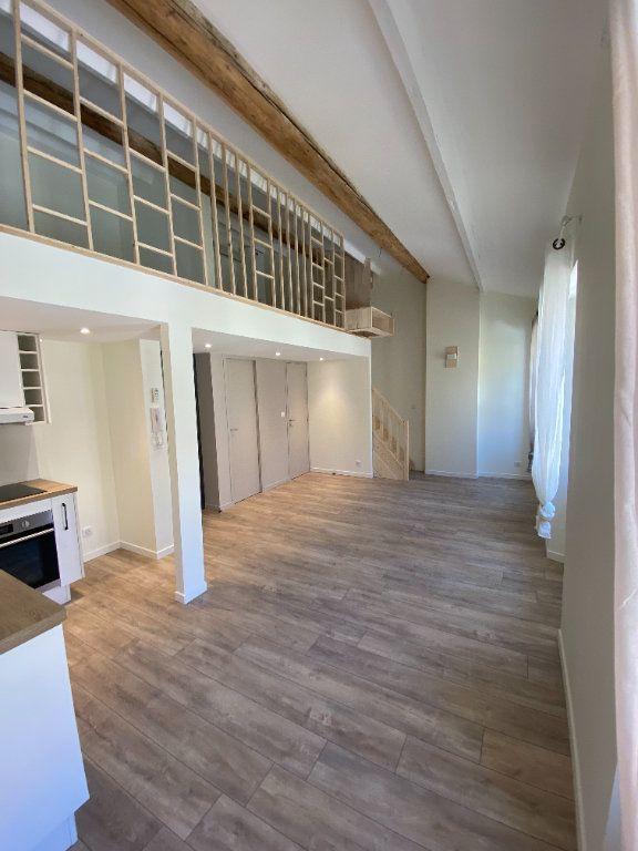 Appartement à louer 2 38.21m2 à Hyères vignette-3