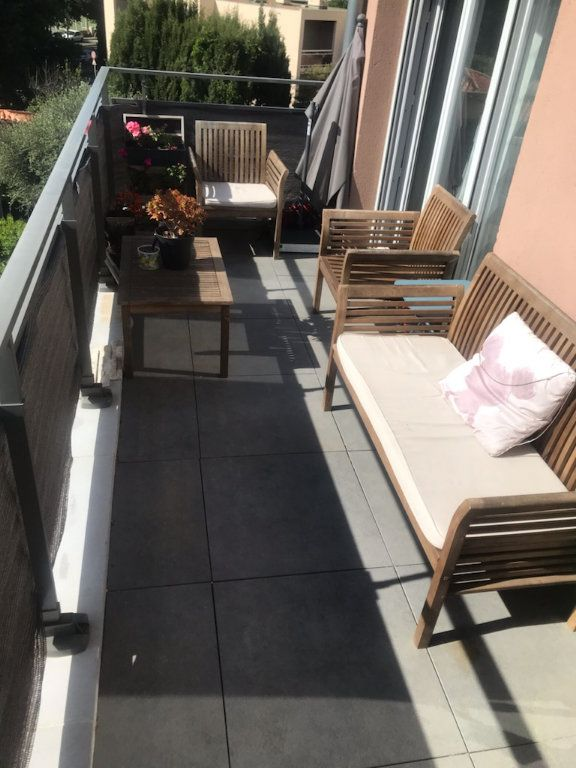 Appartement à vendre 3 64m2 à Toulon vignette-4