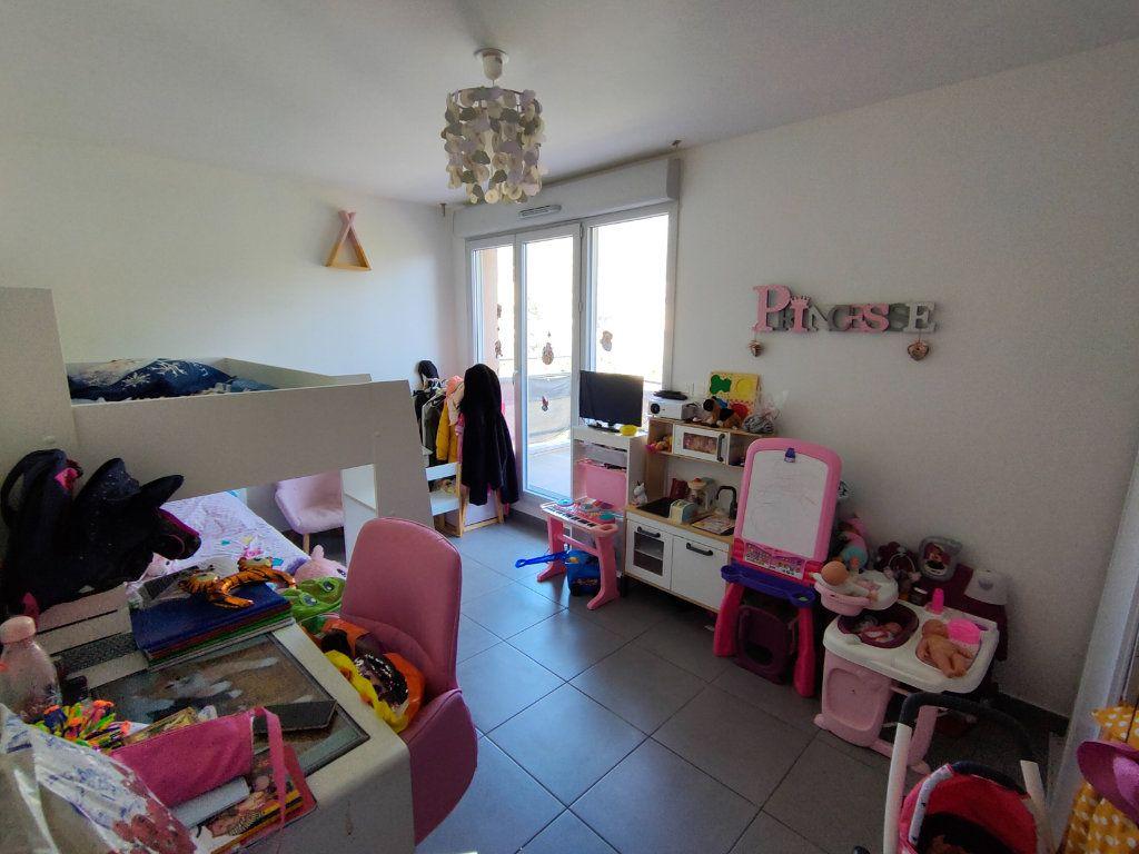 Appartement à vendre 3 64m2 à Toulon vignette-6